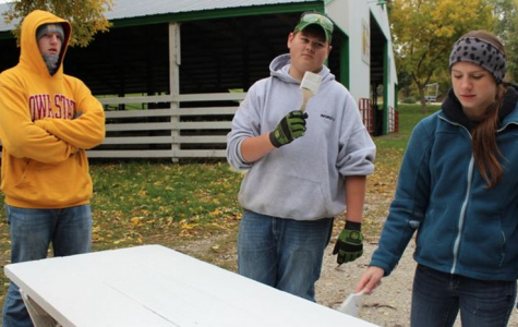Positive Talk Surrounds Service Learning Day