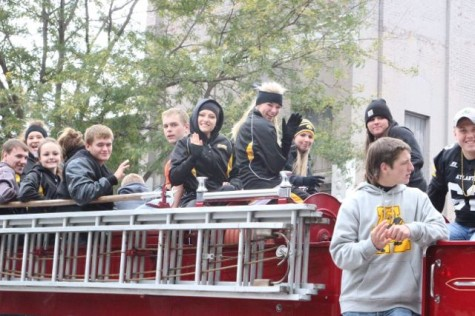 "2014 ""Trojan Throwback"" Homecoming Parade (Pictures)"