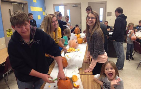 FFA Carving Day with Second Graders