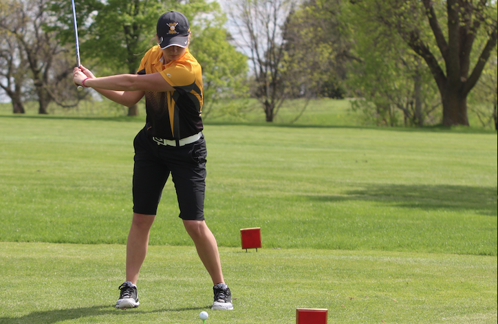 Girls' Golf Wins Districts