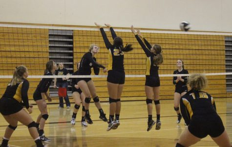 Trojan Volleyball Falls to Clarinda
