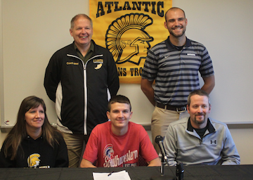 XC Standout Phoenix Shadden Signs with SWICC