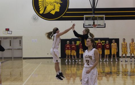 Girls Basketball Faces Kuemper