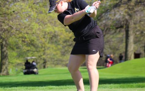 Girls Golf Advances to the State Tournament