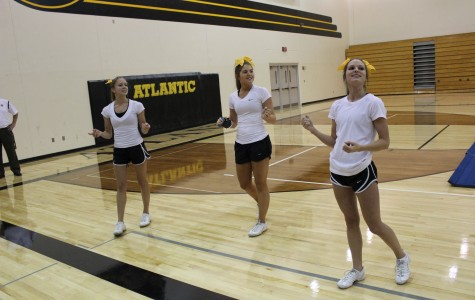 Cheerleaders to Return to State Competition