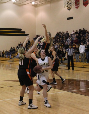 Trojan Girls Drop to the Tigers