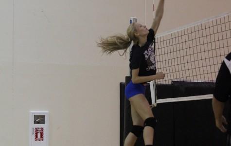 Trojan Volleyball Opens Season at Glenwood