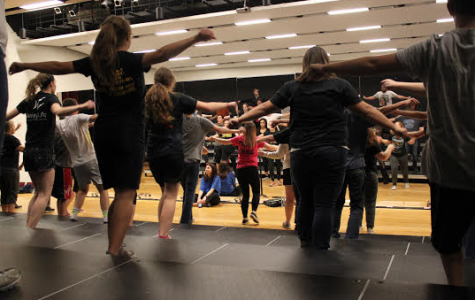 Show Choir Choreography Comes Together