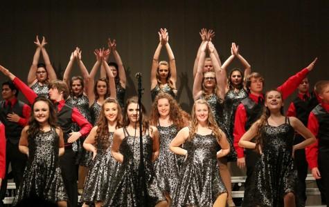 Show Choir Heats up Emmetsburg