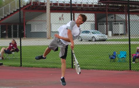 Shenandoah Mustangs Defeat Trojan Tennis