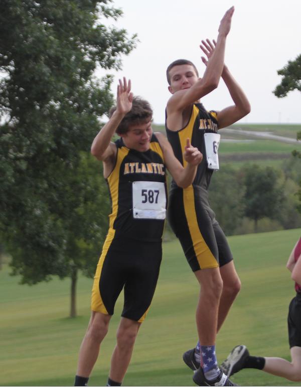 Boys' Cross Country Team Runs at Harlan