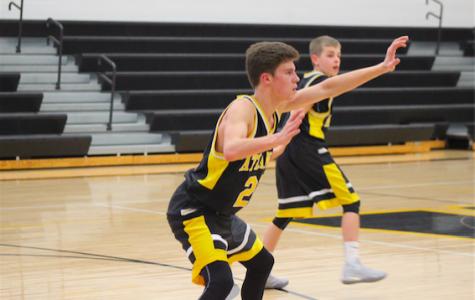 Freshmen Boys' Basketball Sweeps the Huskies