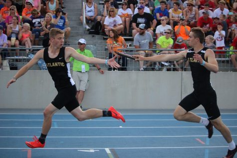 Boys' Track Qualify Nine Events to State Meet