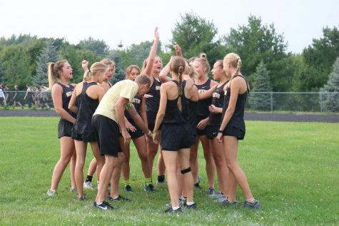 XC Runners Cruise through Creston