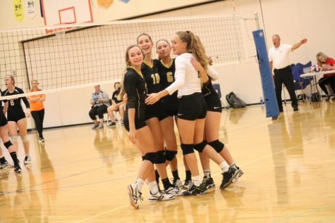 Weekend Tournament Shows Improvement for Trojan Volleyball
