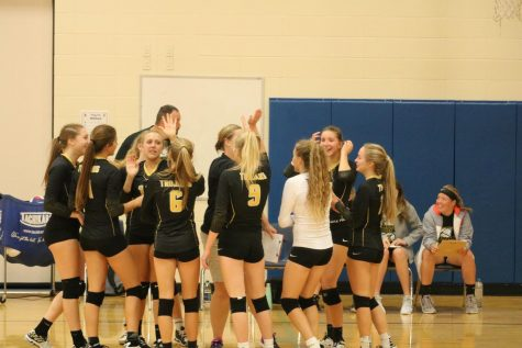 Trojan Volleyball Sees Results From Weekend Tournament