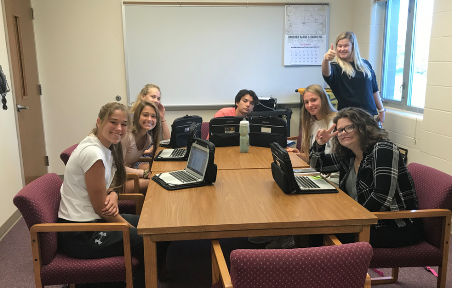 Journalism editors prepare for their interview with Superintendent Barber during AO period.