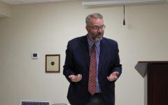 Kurt Meyer Presents Pulitzer Prize Information