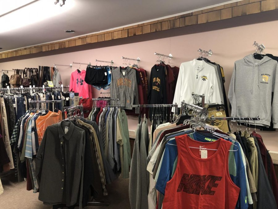 The+racks+are+filled+with+many+clothes+for+all+ages+and+genders.+Off+the+Rack+is+located+on+Chestnut+Street.+