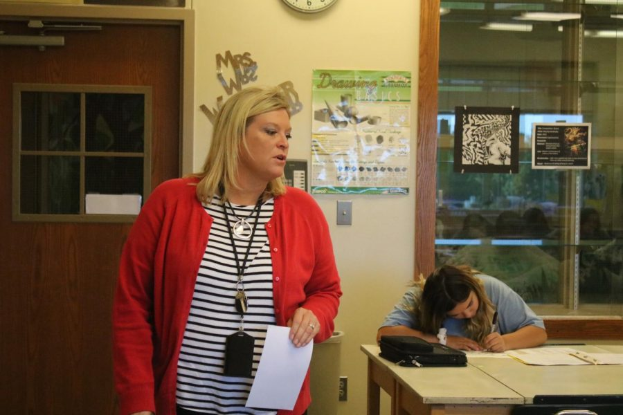 Susan Wedemeyer patrols her classroom during work time. Wedemeyer is one of the nine new teachers at AHS this year.