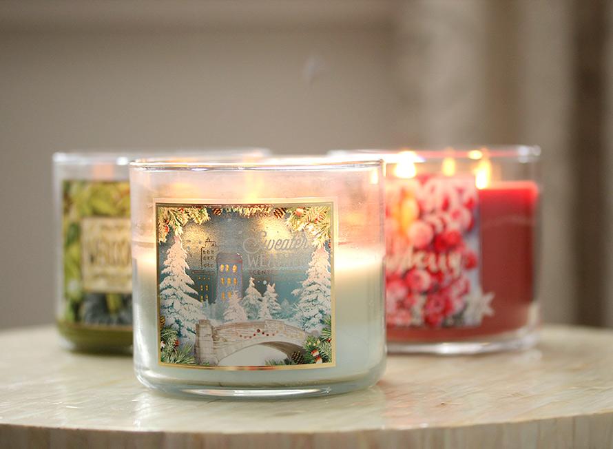 7.+Light+a+Christmas+Candle