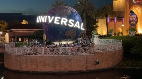 Band and choir students pose before leaving Universal Studios. Many on the trip thought that this was the superior park due to its thrill rides.