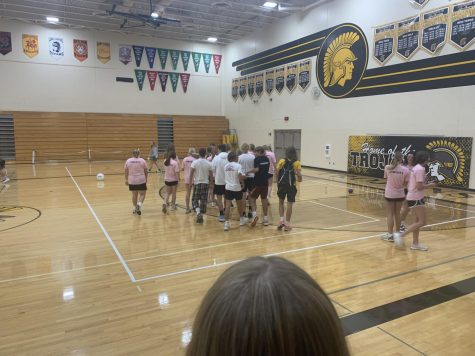 The junior dodge ball team prepares for the final game of the day.